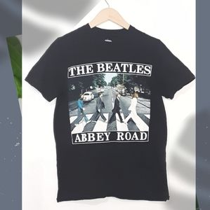 The Beattles Abbey Road Graphic Tee